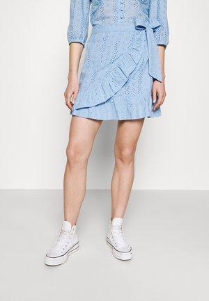 SHELBY BROIDERIE ANGLAISE SKIRT - Wrap skirt - blue