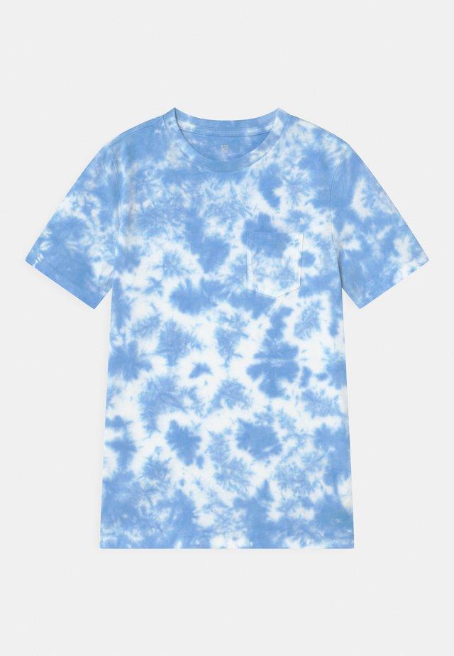 BOY SPECKLED DYE - T-shirt med print - cloudy blue