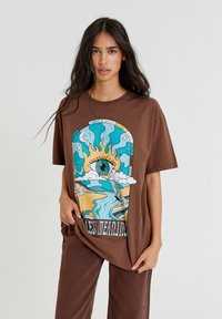 PULL&BEAR - Print T-shirt - mottled light brown - 0