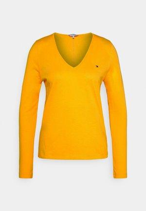 REGULAR CLASSIC V NECK  - T-shirt à manches longues - solstice