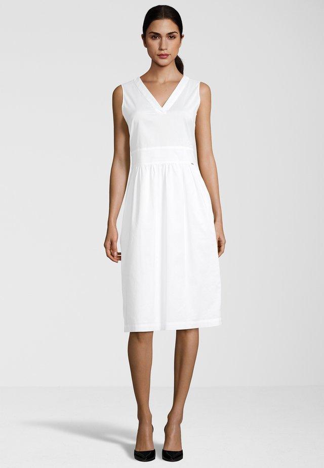 BLUSENKLEID CIDREAM - Day dress - weiß
