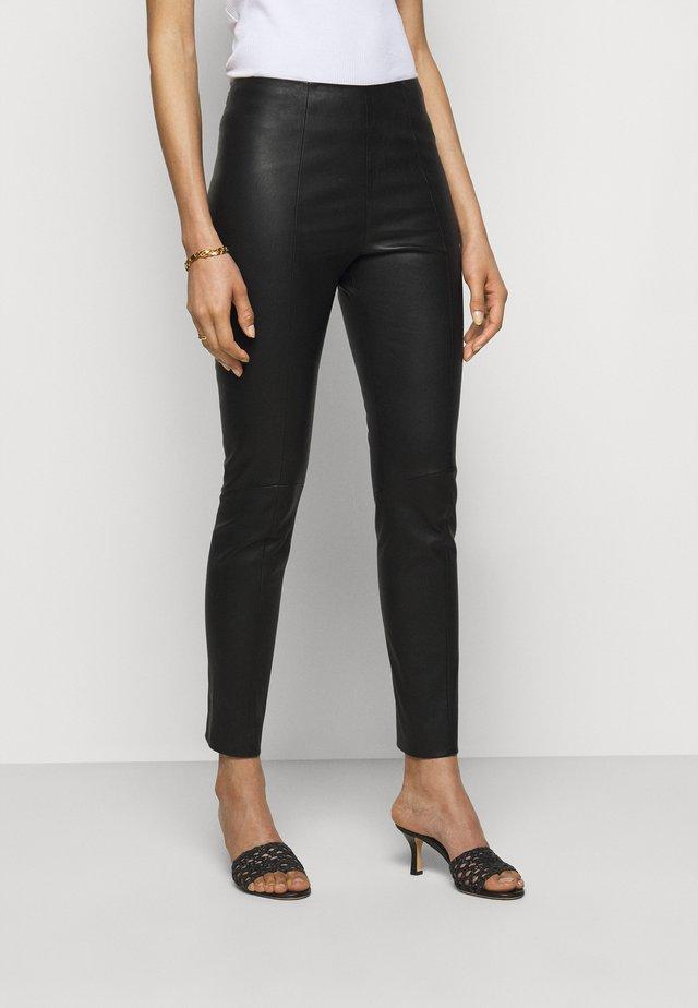CLASSIC TROUSERS - Kožené kalhoty - black