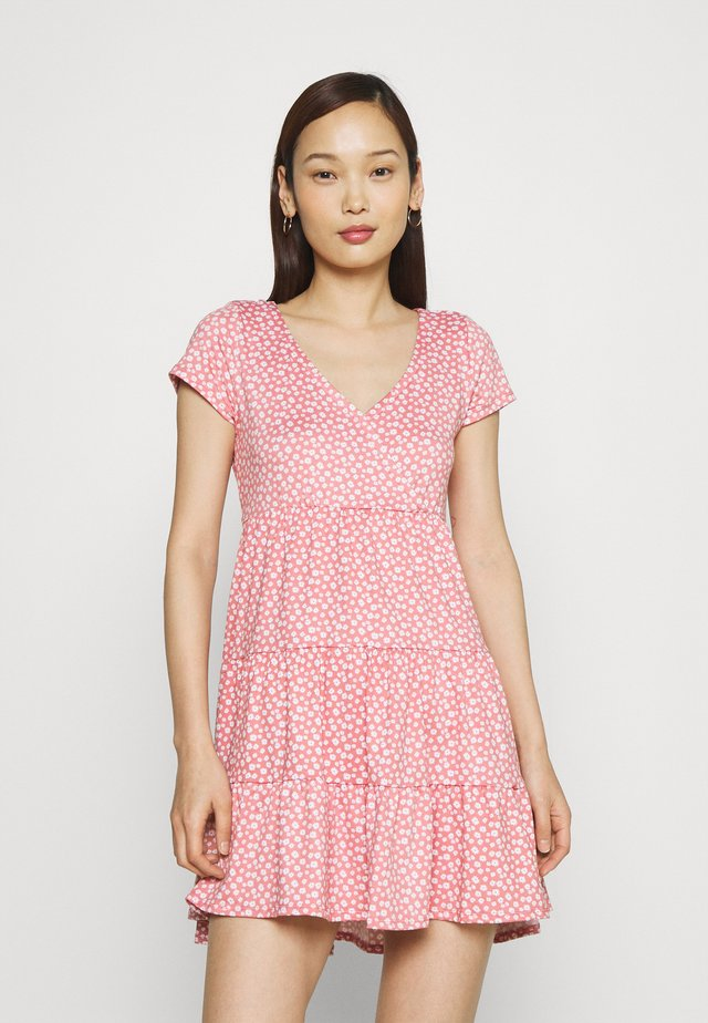 DRESS - Sukienka z dżerseju - canyon rose