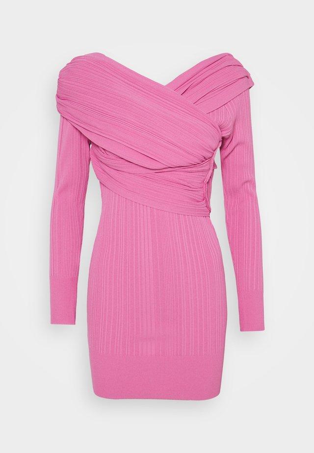 COUTURE DRAPED DRESS - Gebreide jurk - dahlia