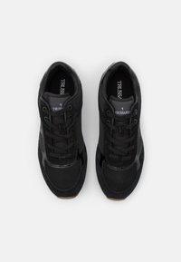 Trussardi - CELTIK MIX - Sneakersy niskie - gunmetal - 4