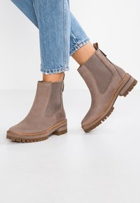 Timberland - COURMAYEUR VALLEY CHELSEA - Classic ankle boots - taupe grey - 0