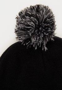 Herschel - ADEN POM - Beanie - black - 2