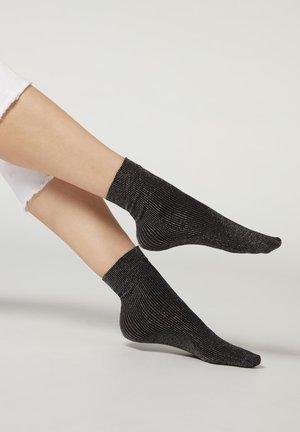 Socks - schwarz black silver glitter ribbed