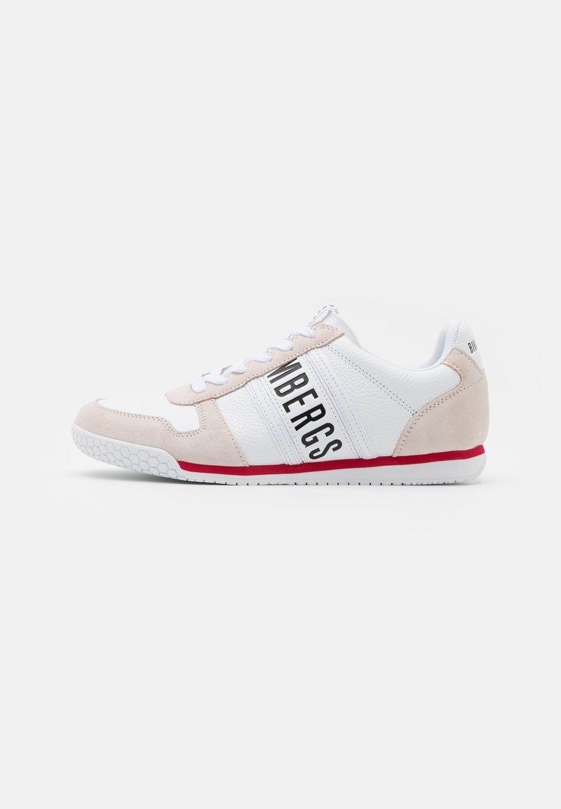 Bikkembergs - ENRICUS - Sneakersy niskie - white/pompeian red
