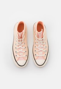 Converse - CHUCK 70 - Zapatillas altas - crimson tint/cantaloupe/egret - 5