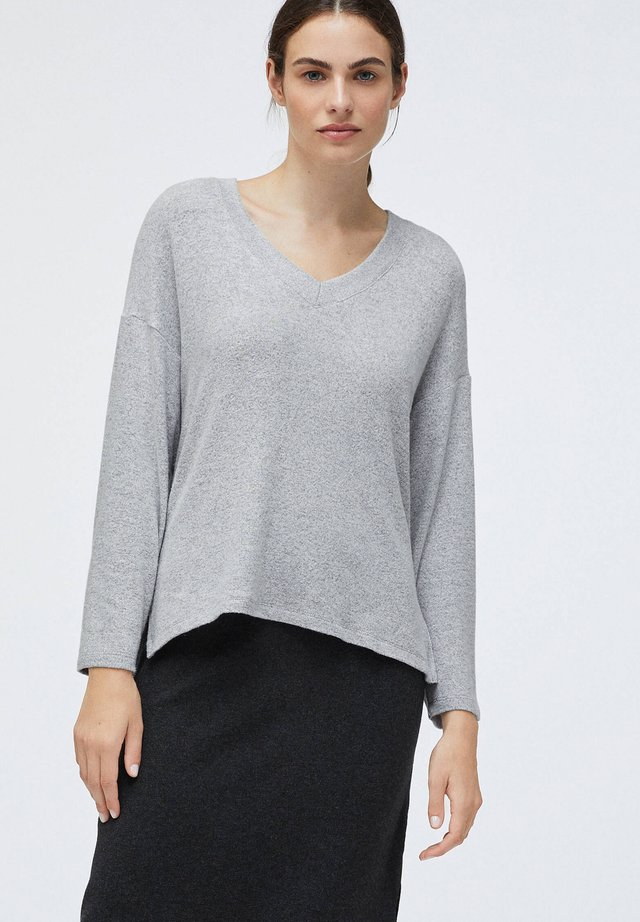SOFT TOUCH - Sweter - light grey