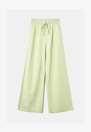 HIGH WAIST  - Trousers - green