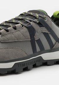 Timberland - TREELINE MOUNTAIN RUNNER - Trainers - medium grey - 5