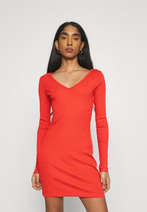 CLASSICS BODYCON DRESS - Etuikleid - poppy red