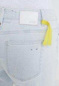 DRYKORN - NEED - Skinny džíny - light blue denim - 4