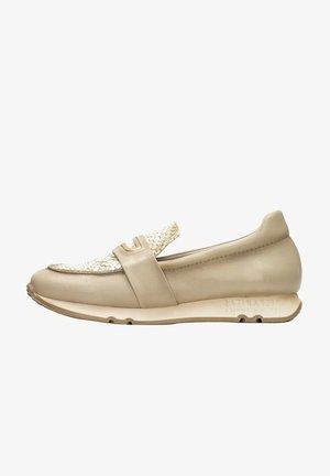 Volnočasové šněrovací boty - vison multi