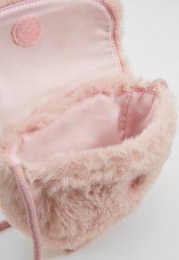 Cotton On - CROSSBODY SADDLE BAG - Umhängetasche - pink - 5