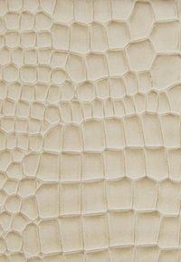 HVISK - CAYMAN POCKET - Across body bag - soft off-white - 3