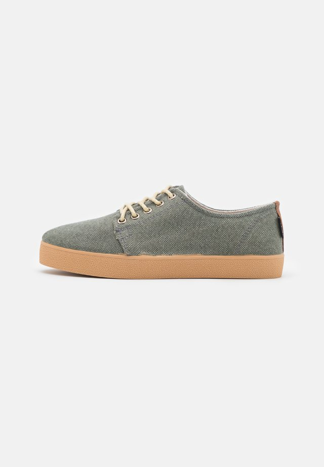 HIGBY ECO UNISEX - Trainers - olive