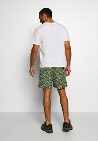 Patagonia - BAGGIES LONGS - Sports shorts - kale green - 2