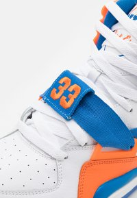 Ewing - CONCEPT - High-top trainers - white/royal orange - 5