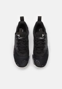 Under Armour - SPAWN 3 - Basketball shoes - black - 3