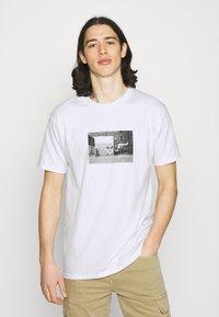 Obey Clothing - ICON FACE TORONTO - Printtipaita - white - 0