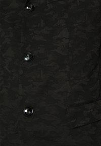 Emporio Armani - Kevyt takki - black - 5