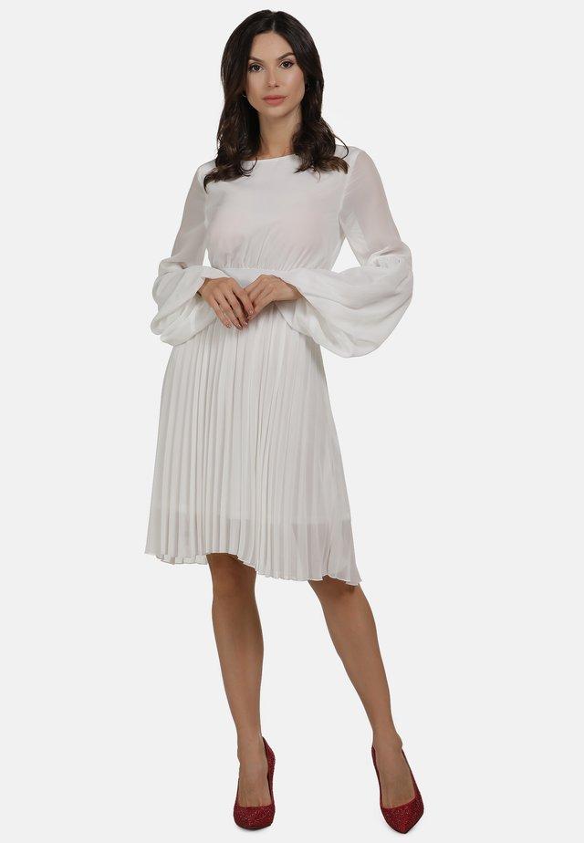 ABENDKLEID - Day dress - weiss