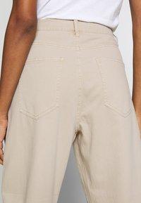 edc by Esprit - BARREL LEG UTIL - Spodnie materiałowe - sand - 3
