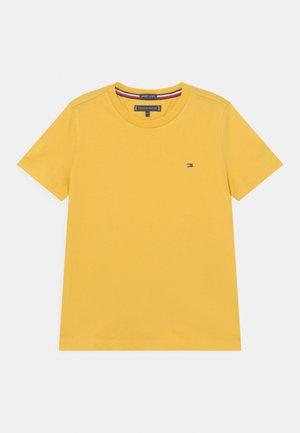 ESSENTIAL - Camiseta básica - midway yellow