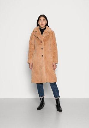 COAT LONG - Winter coat - tan