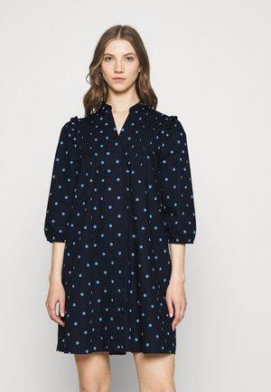 YASCAPPA 3/4 SHIRT DRESS - Day dress - sky captain/dusk blue
