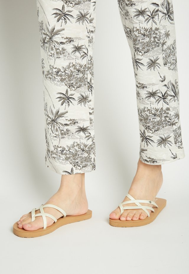 NEW SCHOOL - T-bar sandals - white