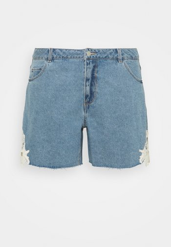 VMNINETEEN - Denim shorts - light blue denim/birch