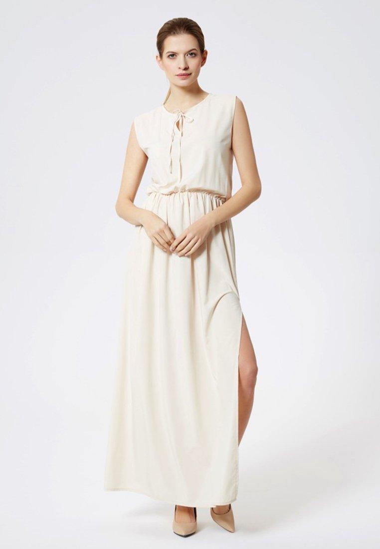 DreiMaster - Maxi dress - beige