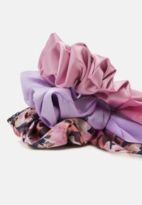 Monki - SAMARA SCRUNCHIES 3 PACK - Hair Styling Accessory - pink/lilac - 1