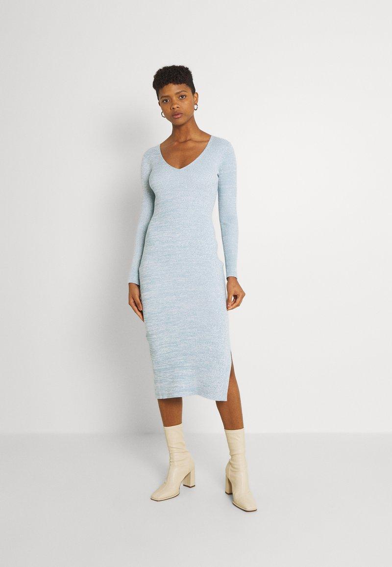 Forever New - KOURTNEY V NECK - Jumper dress - turquoise/blue