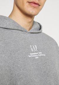 GAP - Sweatshirt - med heather grey - 5