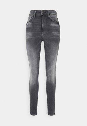 KAFEY STUDS ULTRA HIGH SKINNY  - Jeans Skinny Fit - vintage basalt