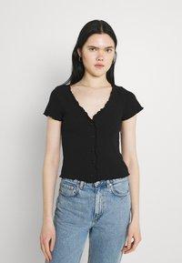 Monki - Print T-shirt - black - 3
