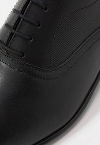 Burton Menswear London - BANKS OXFORD - Derbies & Richelieus - black - 5