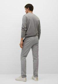 Mango - Chino kalhoty - mittelgrau - 2