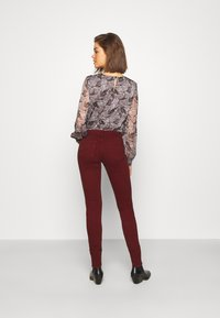 Pepe Jeans - SOHO - Jeans Skinny Fit - currant - 2