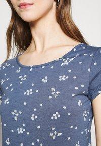 Ragwear - MINT CAMOMILE - Print T-shirt - indigo - 4