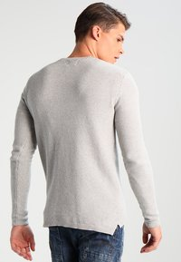 Only & Sons - ONSDAN STRUCTURE CREW NECK  - Strikpullover /Striktrøjer - light grey melange - 2