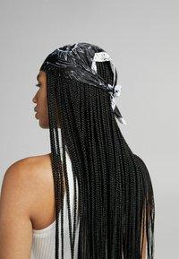 Bershka - Headscarf - black - 1