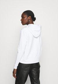 Calvin Klein - VALENTINES STUD HOODIE - Mikina - bright white - 2