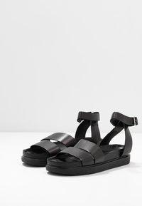 Vagabond - ERIN - Sandaalit nilkkaremmillä - black - 4