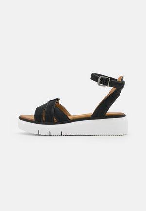 COMFORT LEATHER - Sandalen met plateauzool - black